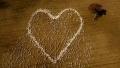 """Un fermier din Australia a """"desenat"""" o inima din oi pentru a-i transmite un ultim mesaj de dragoste unei rude decedate"""