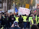 "Haos in Franta. Protestele ""Vestelor Galbene"" au degenerat: Peste 100 de persoane au fost retinute la Paris"