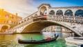 Mai poate fi salvata Venetia? Multi dintre localnici si-au pierdut speranta