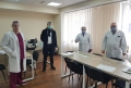 STUDENTI DE LA UTM SI USMF PRODUC ECRANE DE PROTECTIE PENTRU PERSONALUL MEDICAL