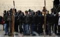 Suprapopularea taberelor de refugiati din Grecia poate genera violente fara precedent