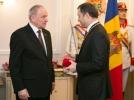 CIT DE LEGAL SI MORAL ESTE CA CINEVA SA DETINA ORDINUL REPUBLICII NEGIND LEGITIMITATEA STATULUI REPUBLICA MOLDOVA?
